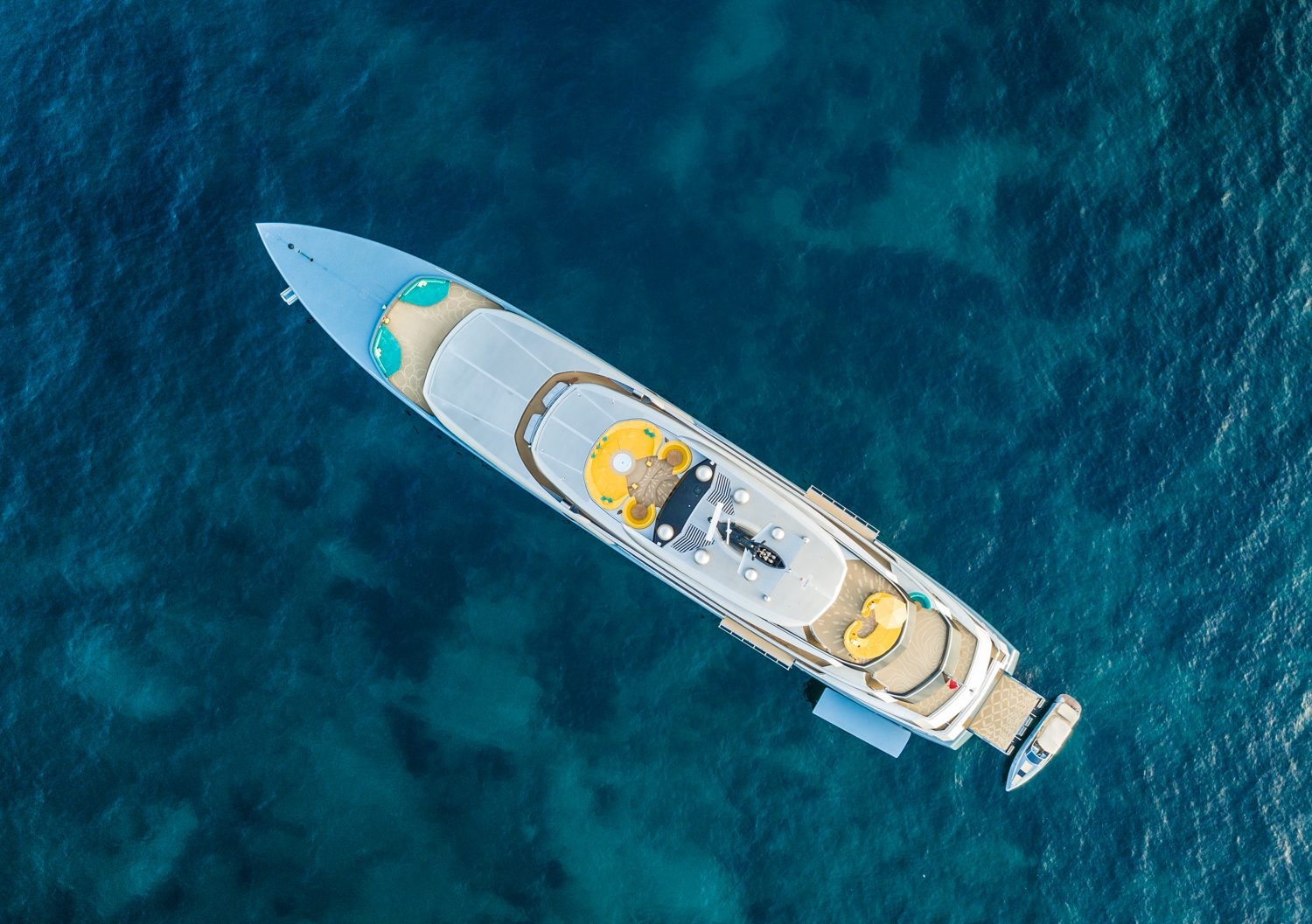 Superyachts for Sale | Luxury Yachts for Sale | Verpeka Dolling